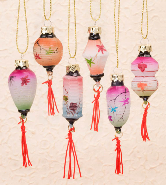 Christmas Decorations To Buy In China: Minature Chinese Lantern Ornaments